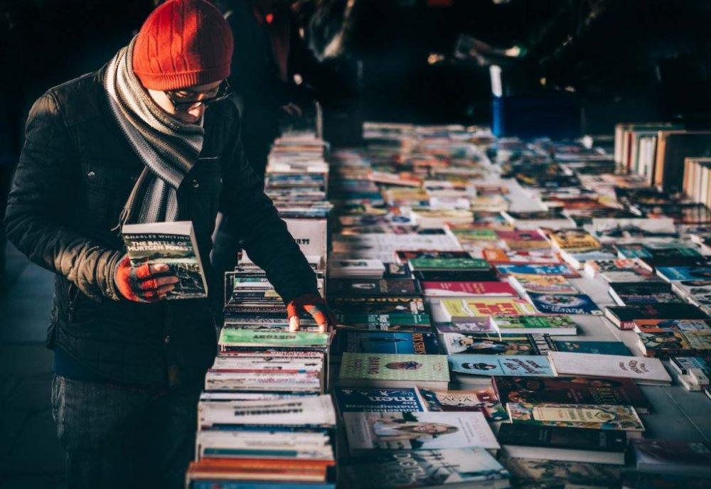 Làm sau để hình thành thói quen đọc sách 2020