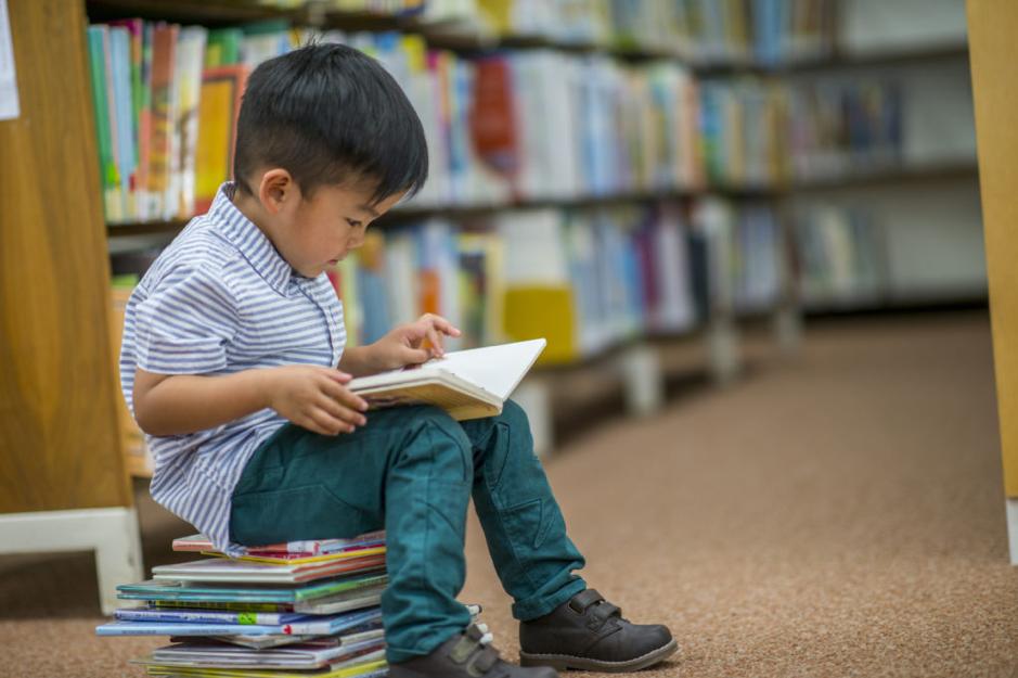 9 cách hiệu quả để tạo cảm hứng giúp trẻ yêu thích đọc sách - GLN