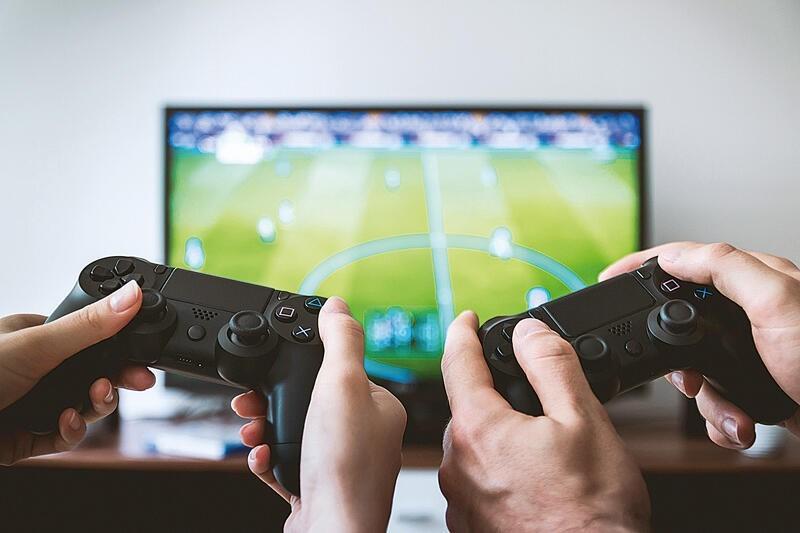 Báo cáo: Người Mỹ ở nhà chơi game nhiều hơn thời COVID-19