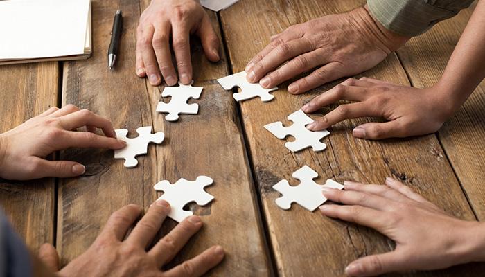 Teamwork-ing: Chấp Nhận Sự Khác Biệt Và Tôn Trọng Lẫn Nhau - YBOX