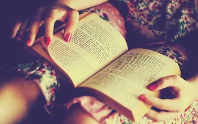 Đọc sách mỗi ngày sẽ giúp bạn học được những cách viết mới