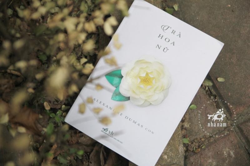 Cuốn sách Trà hoa nữ